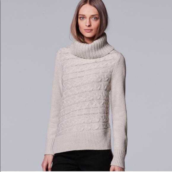 8b50d7557d VERA WANG Cable Knit Turtleneck Sweater-New w Tags